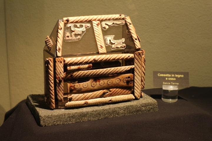 cassetta longobarda Salice Terme