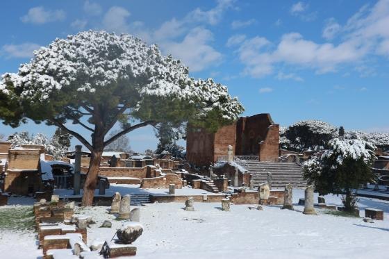 neve a ostia antica