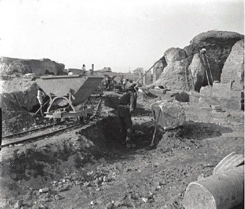 scavi ostia antica inizi novecento